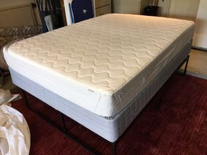 Thick Queen Sized Latex Foam Mattress & Box Spring Set - Excellent Condition for Sale in Austin, TX