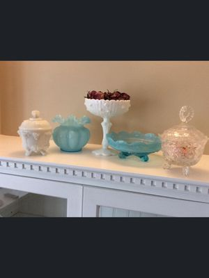 6 Pieces VINTAGE WHITE MILK GLASS & VINTAGE BLUE GLASS for Sale in Galena, IL