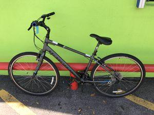 Specialized Crossroads Men's 24 - Speed Hybrid Bike (Medium Frame) 10012260-1 for Sale in Tampa, FL