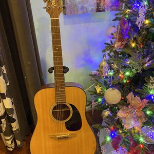 Takamine Acoustic Guitar for Sale in Los Angeles, CA