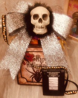 Halloween Skull Bow with Plaque and Lights for Sale in Riverside, CA