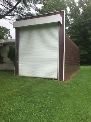 Amish constructed building 14w x 34'l x 16' h in excellent condition. Can be moved or torn down $7000. OBO also would like quotes on tear down in cas for Sale in Heath, OH