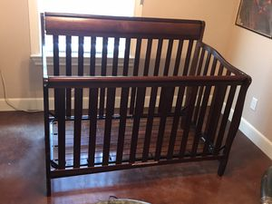 Baby Crib- Graco brand for Sale in Tuscola, TX