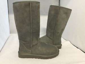 Ugg classic tall grey size ,5,6 for Sale in San Francisco, CA