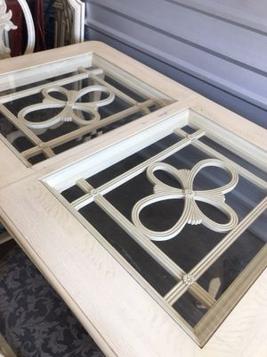 WOOD glass table with leaf SELLING JUST THE TABLE for Sale in Tampa, FL