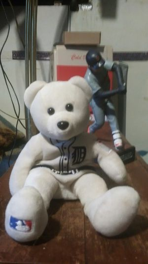 Detroit Tigers Genuine Merchandise Bear from MLB authentic item with Cabera 400 home run action figure without bat. for Sale in Hamtramck, MI