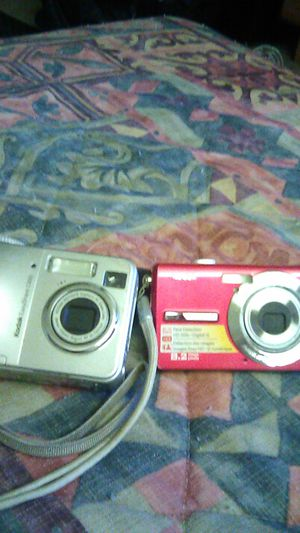 Kodak digital cameras both for Sale in Tulare, CA