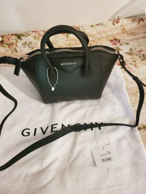 Mini Givenchy with dustbag for Sale in Canton, GA