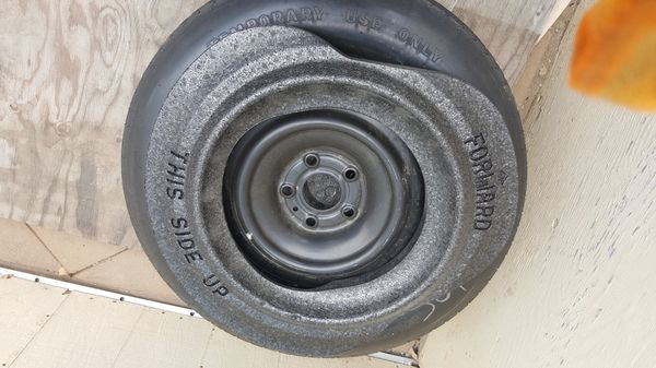 Jeep grand Cherokee spare wheel tire