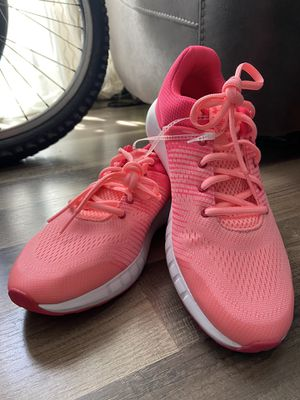 UNDER ARMOUR Salmon Pink Running Shoes - BRAND NEW Women's 7 for Sale in San Francisco, CA