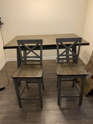 Table and Chairs for Sale in Browns Summit, NC