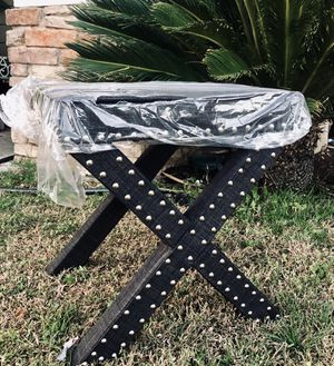 ⭐️New Inspire Q Dark grey Linen Nailhead Ottoman Bench. Retails for over $100⭐️PICK UP BY ASHLAN AND TEMPERANCE IN CLOVIS for Sale in Clovis, CA