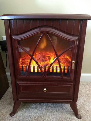 Plow & Hearth Electric Stove Heater for Sale in Nashville, TN