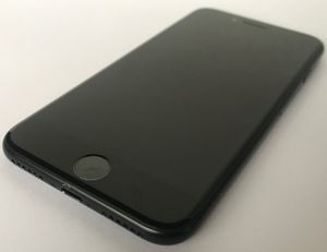 Like New! iPhone 7 32GB Unlocked Black for Sale in North Bay Village, FL