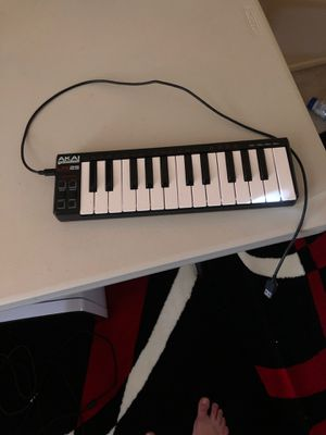 Akai professional LPK 24 keys, music keyboard for Sale in San Diego, CA