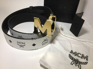 MCM Authentic Reversible White/Black Leather Belt for Sale in Queens, NY