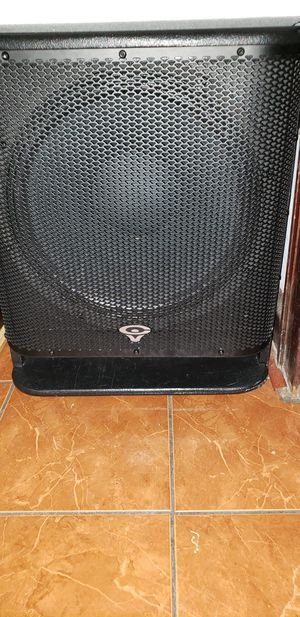 Powered subwoofer for Sale in Chicago, IL