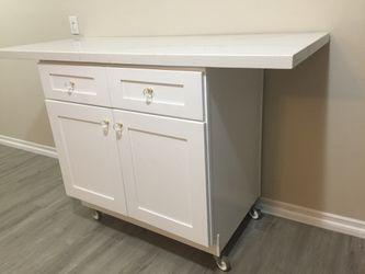 Kitchen island / granite countertop for Sale in Wilmington,  CA