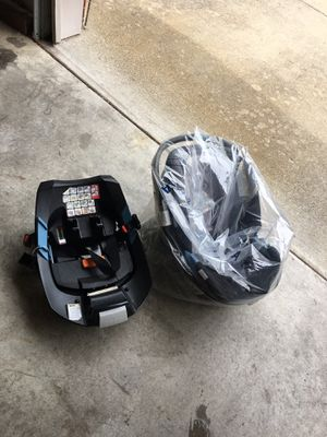 Cybex car seat with base for Sale in Lexington, KY