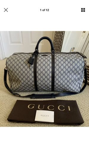 AUTHENTIC GUCCI LARGE DUFFLE BAG for Sale in Rockville, MD