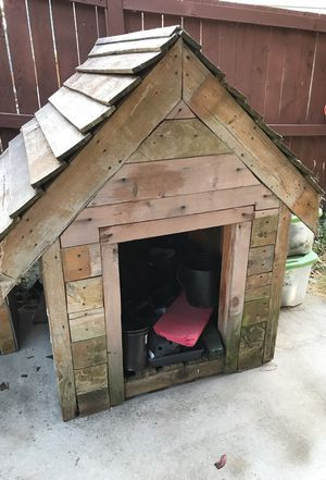 Wooden dog house for Sale in Snohomish, WA