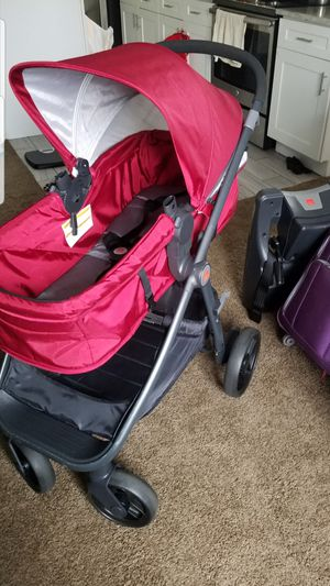 GB lyfe Travel system for Sale in Elgin, IL