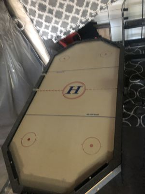 Air hockey table in great working condition for Sale in Daly City, CA