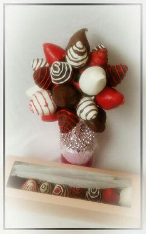 Valentine's day treats for Sale in Oxon Hill-Glassmanor, MD