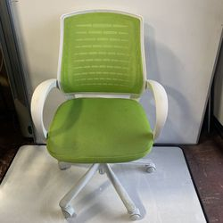 Just Arrived! Green Office Chairs - 4 Available! for Sale in Portland,  OR