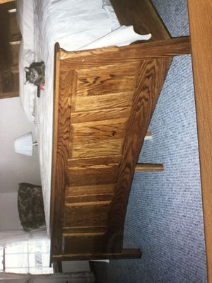 King Bed, solid red oak for Sale in Frostproof, FL