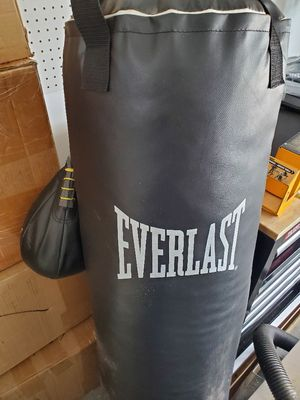 Punching bag for Sale in Old Bridge Township, NJ