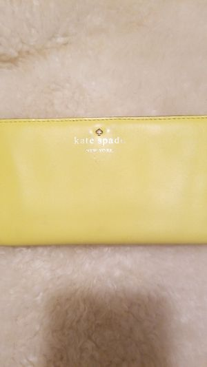 Kate spade wallet for Sale in Campbell, CA