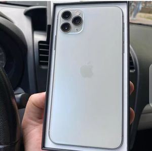 iPhone 11 Pro Max 512g SEALED NEW Clean IMEI Unlocked for Sale in Hawthorne, CA