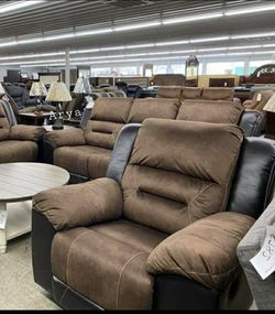 🎗39$ Down Payment🎗Earhart Chesnut reclining Living Room Set for Sale in Alexandria,  VA