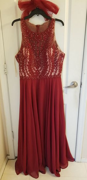 XL RED PROM DRESS for Sale in Avondale, AZ