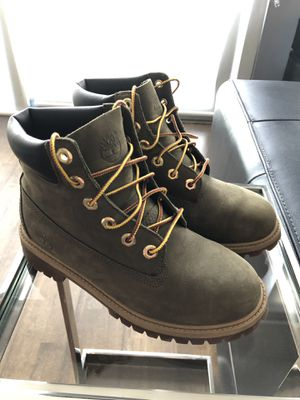 Timberland Boot Size 4.5Y for Sale in Chicago, IL