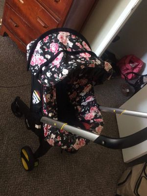 Car seat stroller for Sale in Beaumont, TX