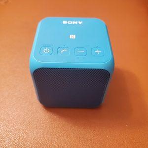 Sony srs-x11 soundbox for Sale in Alhambra, CA