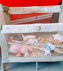 Portable Crib for Sale in Cape Coral,  FL