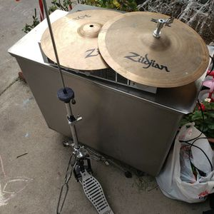 """Zildjian ZBT 14""""HiHat Drum Cymbals And Stand t As Shown In The Picture for Sale in Los Angeles, CA"""