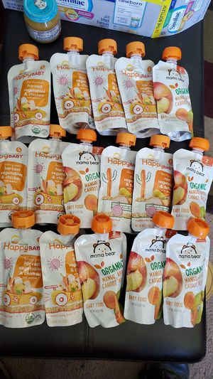 Baby food pouches 16 / 4 oz expiration from January 2021 through August 2021 all for $5 for Sale in San Diego, CA
