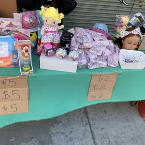 Headbands ,toys, Socks for Sale in Los Angeles, CA