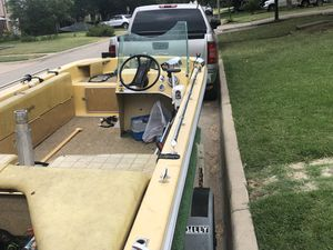 Fabuglass boat for sale 1000 firm good boat for Sale in Fort Worth, TX