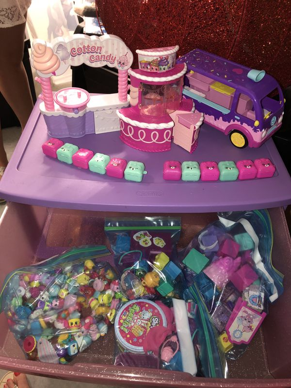 Shopkins toy set