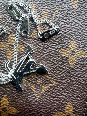 Chain necklace for Sale in Montebello, CA