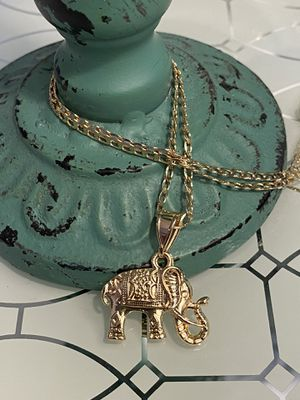 "Elephant Pendant With Chain Necklace 18"" 2mm for Sale in Nashville, TN"