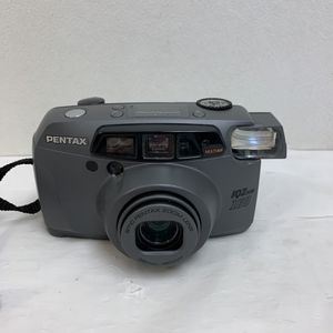 Pentax IQZoom 160 35mm Point & Shoot Film Camera - TESTED - With Battery for Sale in Pelham, NH