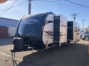 2014 33ft starcraft galaxy Travel Star Trailer Double Slide Outs for Sale in Lakewood, WA