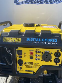 New Champion Generator Quiet Hybrid 4000/3500 Watts for Sale in Bonita Springs,  FL
