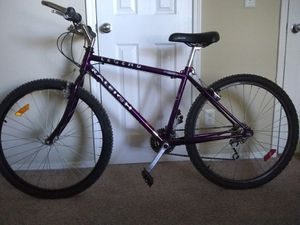 Raleigh 21 speed Speed adult Mountain Bike for Sale in Franklin, TN